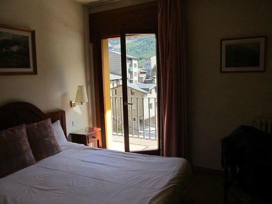 Hotel Sant Jordi : 2-х местный номер