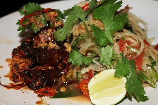 Sarong Restaurant : Caramelised pork belly entree