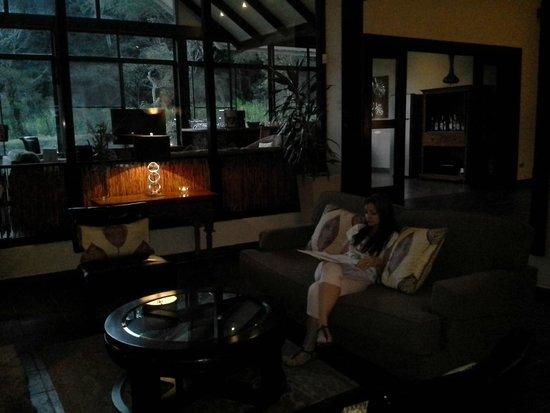 The Riverside Inn Boquete: lobby