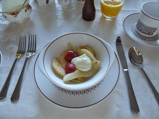 Clifton Grove, Australien: Warm peaches for breakfast