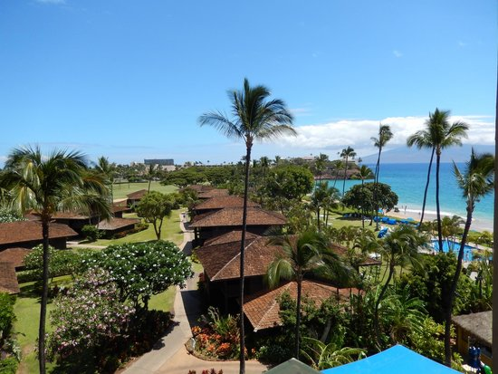 Royal Lahaina Resort : View from our balcony