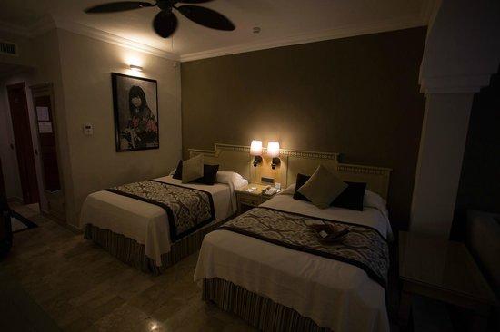 Grand Palladium Kantenah Resort & Spa: Jr suite