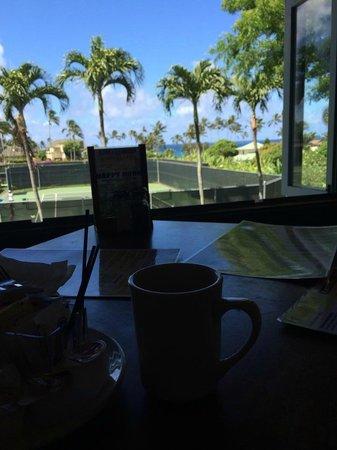 Kalapaki Joe's Poipu : Breakfast with a view