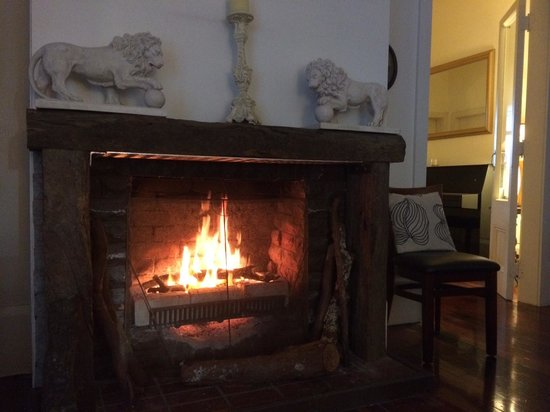 The Devereux Boutique Hotel: fire place