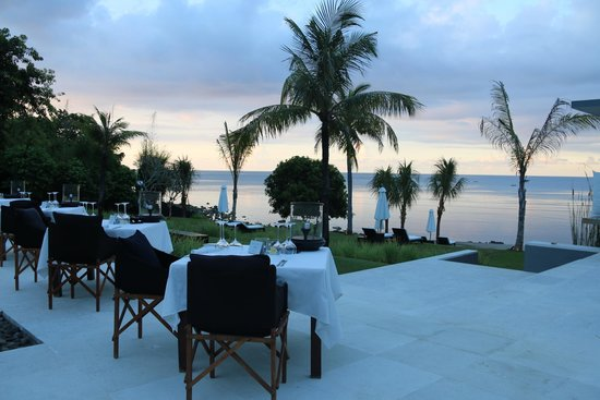The Lombok Lodge : sunset dinners