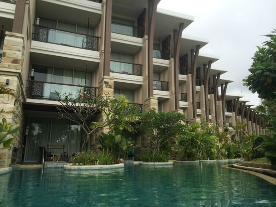 Flooding steps picture of sofitel bali nusa dua beach for Nusa dua hotel bali