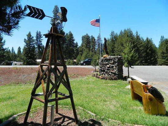 Eagle Crater Lake Inn: nice