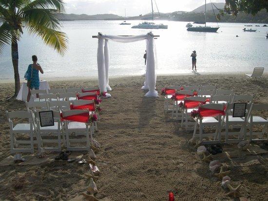 Harbour Beach Villas : Beautiful Secret Harbor beach scene