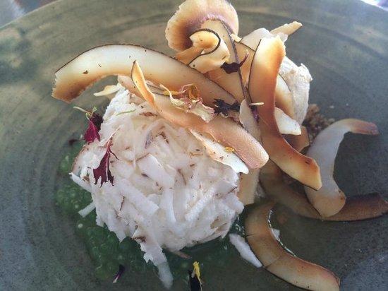 Nu Nu Restaurant: Coconut snow egg