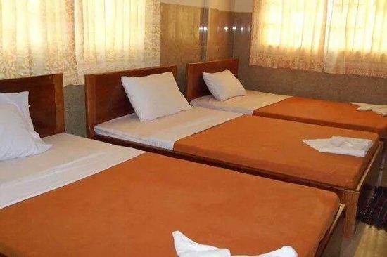 Sawasdee Angkor Inn: Nice bed