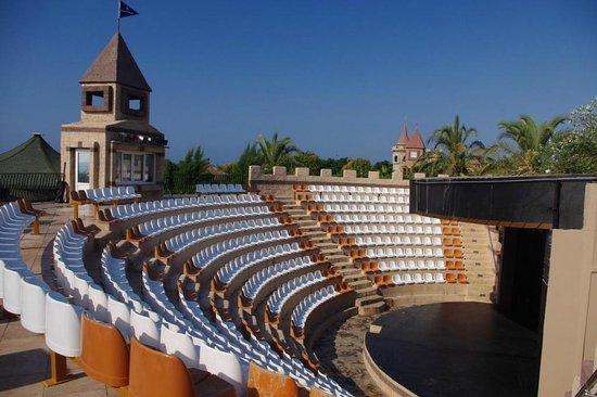 Belek Beach Resort Hotel: Entertainment place