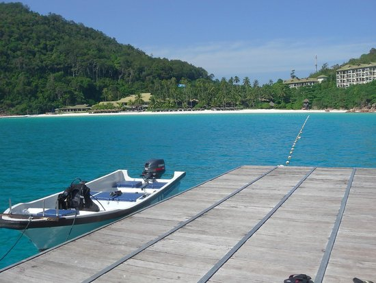 The Taaras Beach & Spa Resort : View from the Pontoon to the Taaras