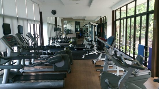 The Taaras Beach & Spa Resort : Resort Gym in the hill above the beach. Well equipped, strapped for space though