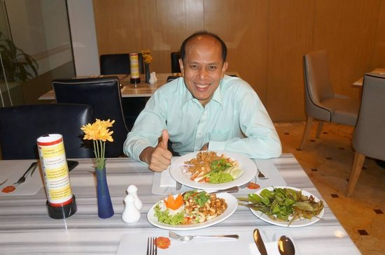 Centara Hotel Hat Yai: EXCEPTIONAL GENERAL MANGER