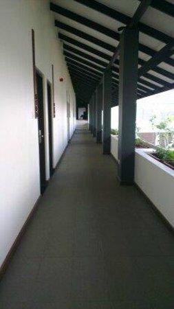 Centara Ceysands Resort & Spa Sri Lanka: Corridor