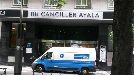 NH Canciller Ayala Vitoria : Fachada do Hotel
