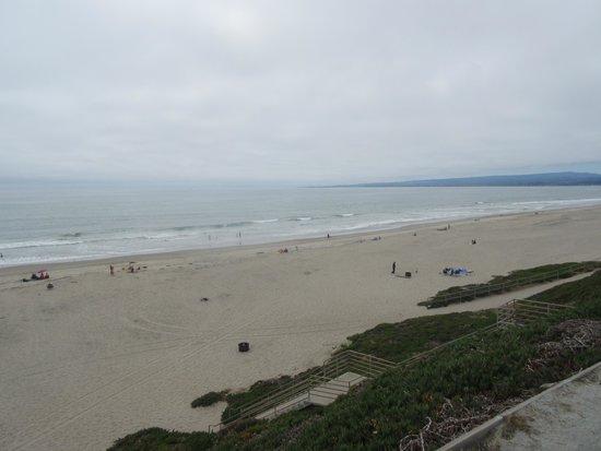 A nice long beach for walking - Manresa State Beach, Aptos, CA