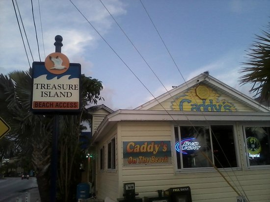 Caddy's on the Beach: Caddy's Treasure Island view from the front