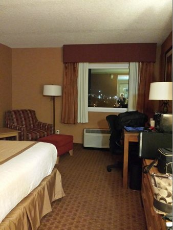 Holiday Inn Wilkes Barre East Mountain: King Room