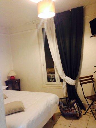 Lou Paradou : la chambre