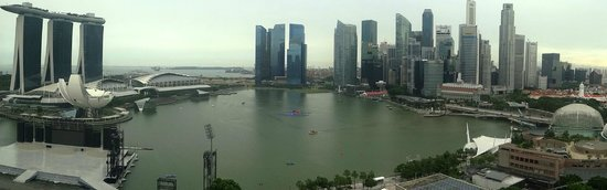 Mandarin Oriental, Singapore: view from our room, clicked from floor to window sized window.