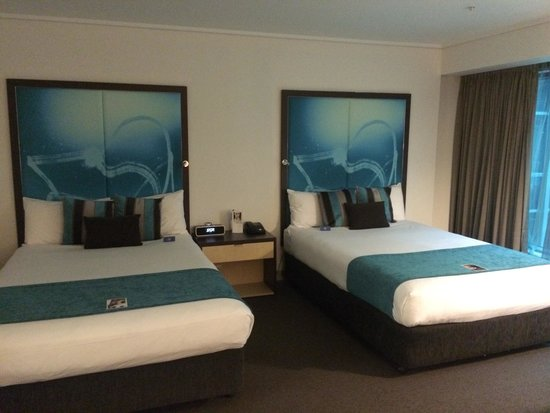 Novotel Melbourne on Collins: Two double beds room. Very spacious