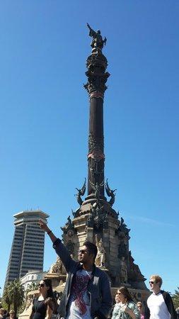 Columbus Monument: Dunia Baru