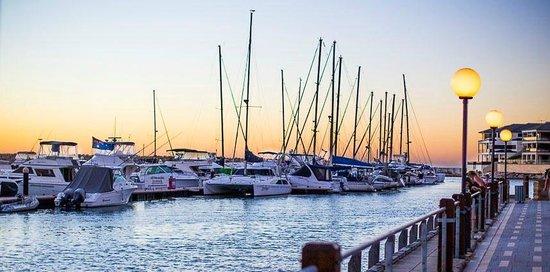 The Marina Hotel: Boats