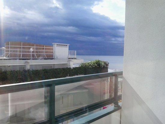 Hotel Carlton: vista dal terrazzino della camera
