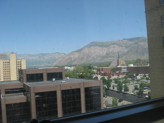 Bigelow Hotel and Residences, an Ascend Hotel Collection Member : Awesome view of mountains