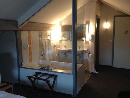 Hotel la Clef d'Or: Salle de bain