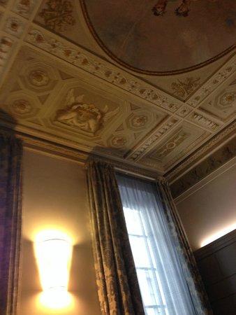 Firenze Number Nine Wellness Hotel: Ceiling of Junior Suite