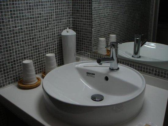 Keio Hotel: 洗面所