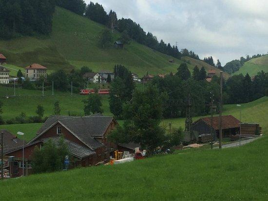 Appenzeller Bahnen: Train & landscape