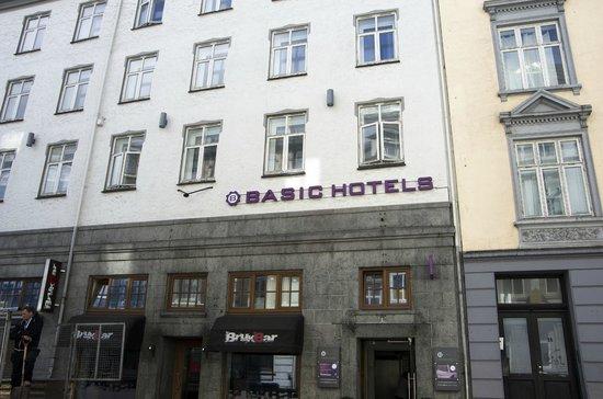 Basic Hotel Bergen вид с улицы