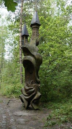 Curonian Spit / Kursiu Nerija National Park : Деревянная скульптура на горе Ведьм