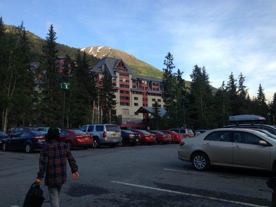 Hotel Alyeska: Arriving at Alyeska Resort
