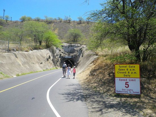 Diamond Head: Tunnellen som er lavet ind i selve krateret.