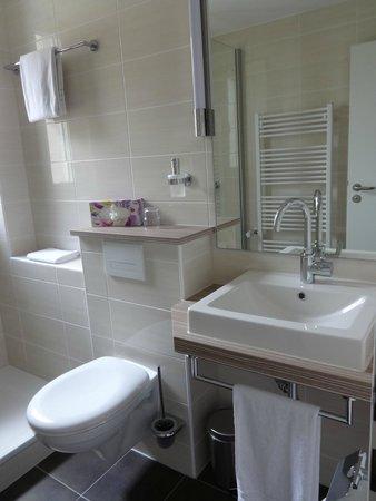 Hotel Koenigshof: Neues Bad