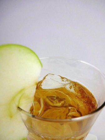 Tranquil Ultra Lounge: Apple iced tea