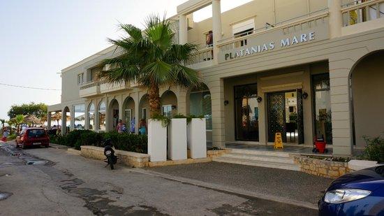 Platanias Mare Hotel: Здание отеля