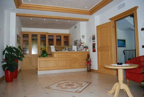 Hotel Garni Arnica: La reception