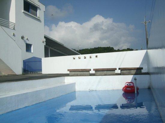Greece Island: 宜蘭民宿希臘小島戲水池