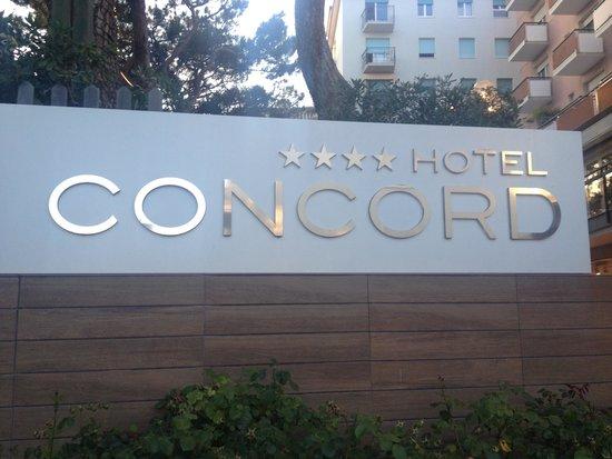 Concord Hotel: Insegna