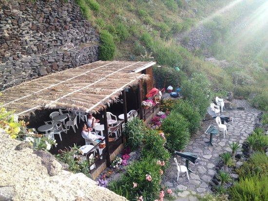 Maracaibo malfa via punta 1 restaurant reviews for Salina sicily things to do