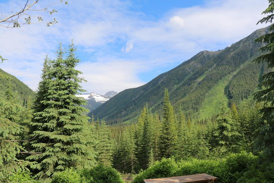 Global Outdoor Travel: the excellent view from the second guide cabin