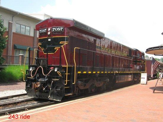New Hope & Ivyland Railroad : The New Hope Ride Train