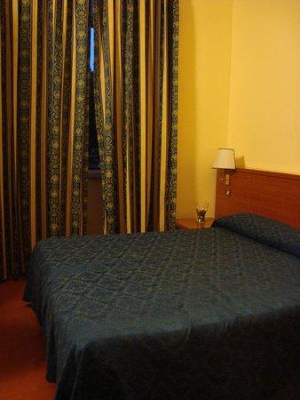 SHG Hotel Porta Maggiore : Kamer