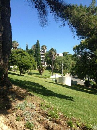 Albufeira Jardim - Apartamentos Turisticos: udendørs areal af hotellet