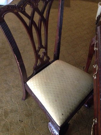 Windemere Hotel and Conference Center: Stained and bloody chair!